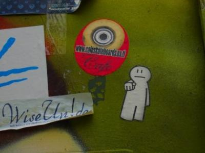 20090322202535-cafeskateboardsberlinjune08low.jpg